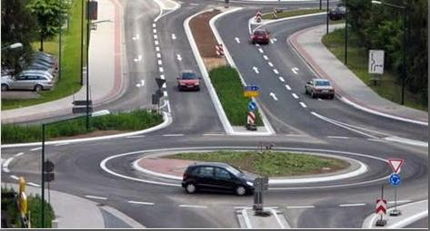 Вступили в силу нові правила проїзду кругових перехресть