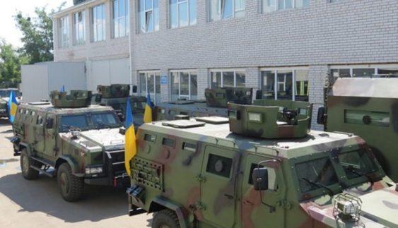 """ЗСУ вперше прийняли на озброєння вітчизняний бронеавтомобіль """"Козак-2"""""""