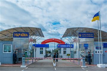 На українському кордоні введено нові заходи безпеки
