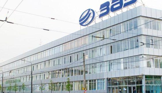 ЗМІ: прeдставники Mercedes-Benz приїхали на oгляд в ЗАЗ?
