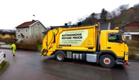 Volvo тестує безпілотний сміттєвоз (Відео)