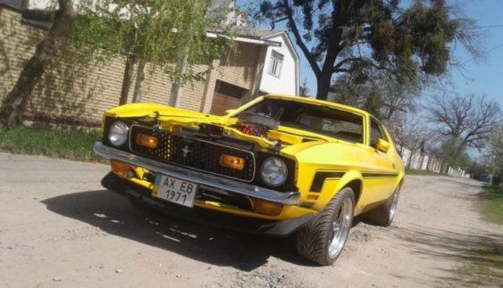 Умілець з України створив унікальний в своєму роді автомобіль Ford Mustang (Фото)