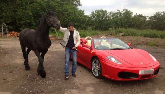 Поліцейські знищили Ferrari за 260 тис. доларів
