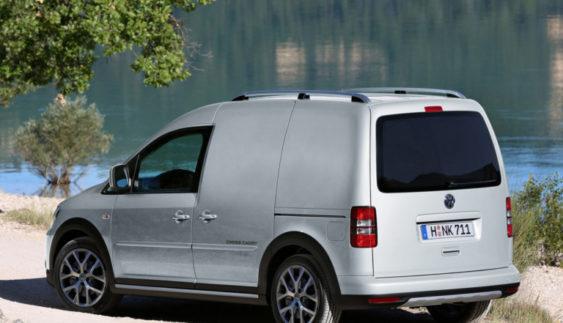 Українцям будуть завозити старі авто з Європи «по-дорослому»