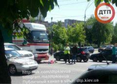 ДТП в Києві: фура збила пішохода-порушника