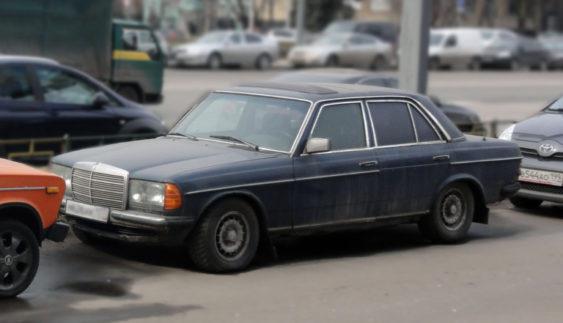 Українські дороги забиті автомотлохом