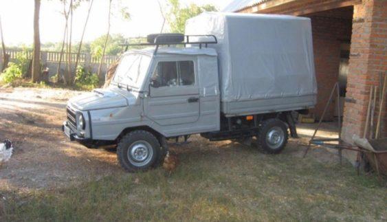 В Україні виставили на продаж рідкісний автомобіль ЛуАЗ (Фото)