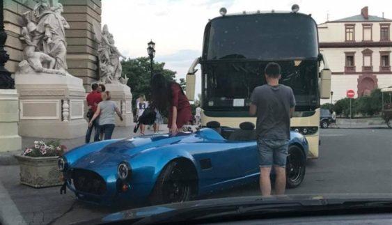 В Україні помічений легендарний спорткар з минулого (Фото)