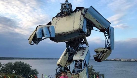 Українець побудував «Трансформера» зі старого ЗАЗу (Фото)