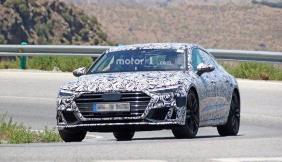 Audi вперше вивела на тести спортивний Audi A7