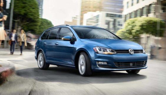 Універсал Volkswagen Golf: оголошені комплектації і ціни в Україні