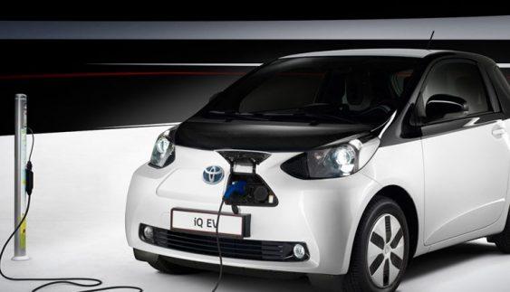 """Toyota створює електрокар, який """"переверне"""" автомобільний світ"""