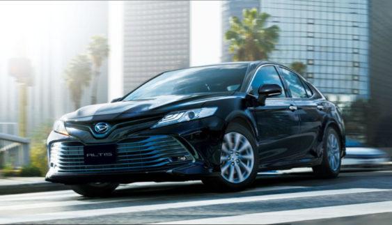 Автомобіль Toyota Camry буде випускатися під іншим брендом