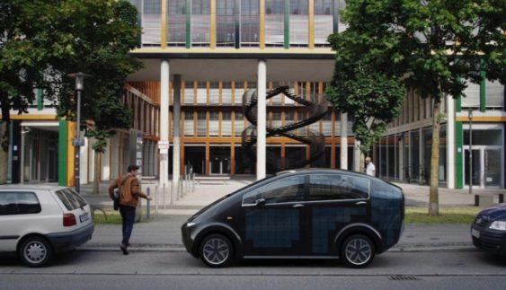 Німецька компанія презентувала авто на сонячних батареях за € 16000 (Фото)