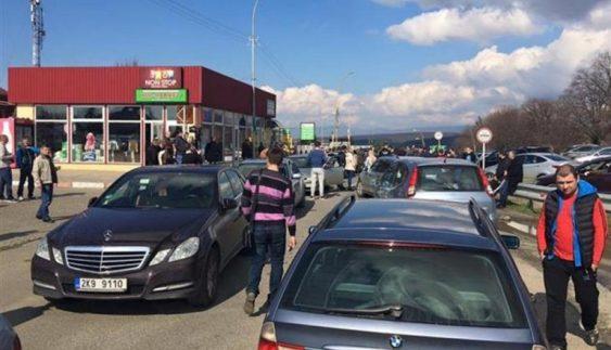 Власників нерозмитнених авто оштрафували на 2 мільйони гривень