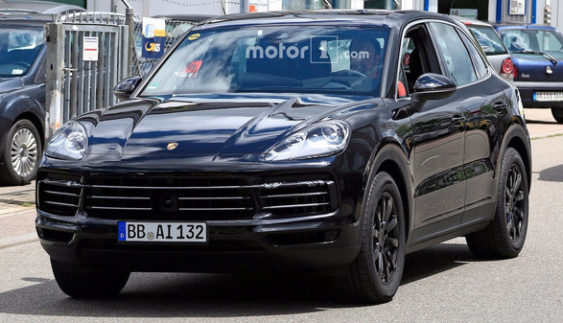 Фотошпигуни розсекретили новий Porsche Cayenne