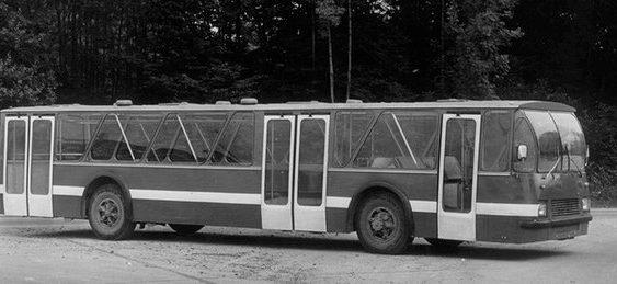 Унікальний ЛАЗ-360 – перший у світі автобус з низькою підлогою