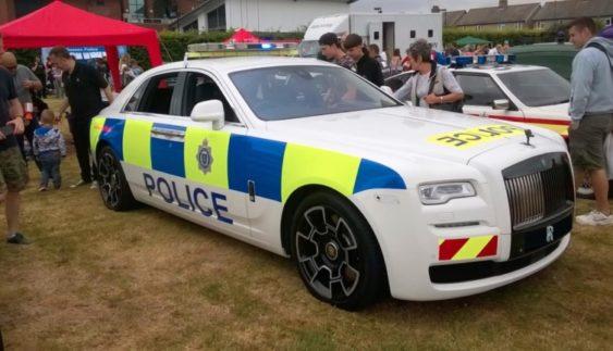 Поліція отримала в розпорядження унікальний автомобіль (Фото)