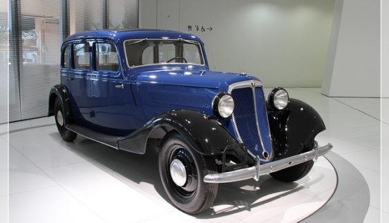 В Україні засвітився рідкісний німецький автомобіль (Фото)