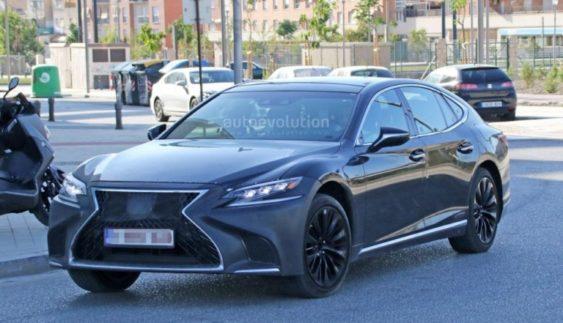 Новий Lexus LS F вивели на дорожні тести (Фото)