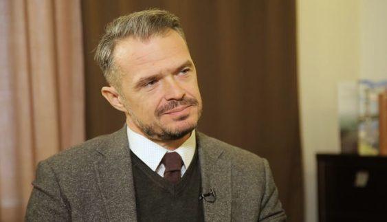 Місячна зарплата голови «Укравтодору» становить 130 тис. грн
