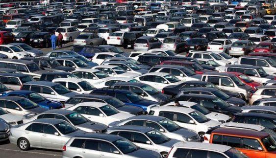 Пільгове розмитнення: скільки автомобілів ввезли українці і як це вплинуло на економіку