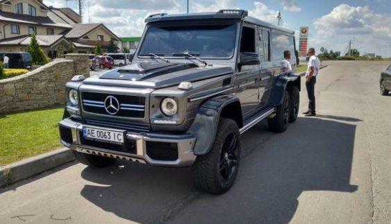 В Україні зробили унікальний 6-колісний позашляховик (Фото)