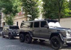 В Україні засвітився унікальний 6-колісний Мерседес