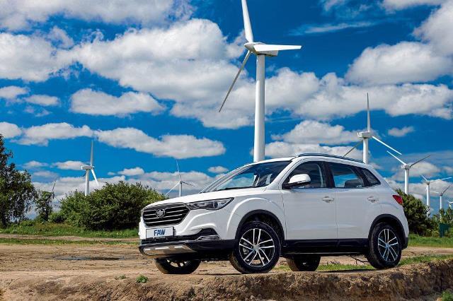 В Україну везуть 5 нових бюджетних автомобілів
