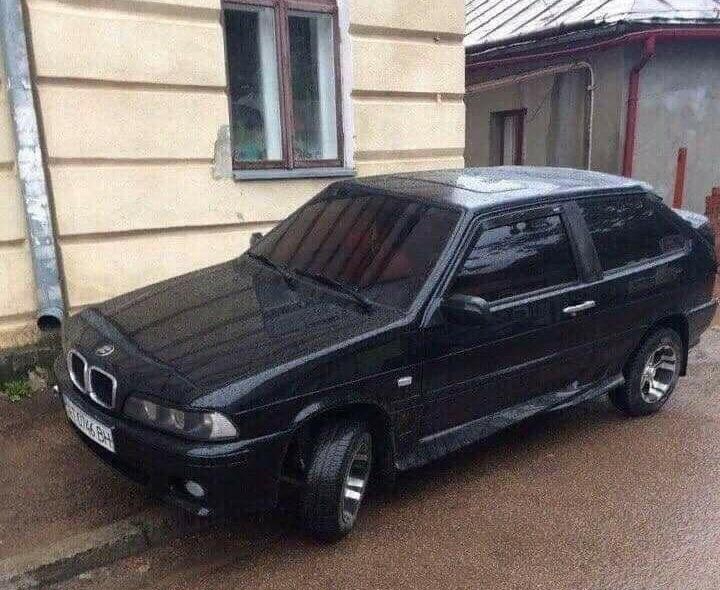 В Україні помітили дуже незвичайну модель BMW