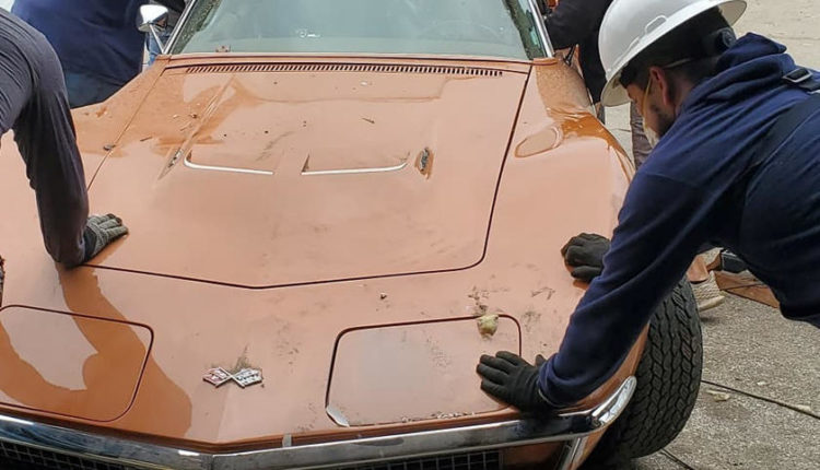 Вибух поруч зі складом Chevrolet Corvette в США пошкодив 17 вінтажних «Корветів»(ФОТО)