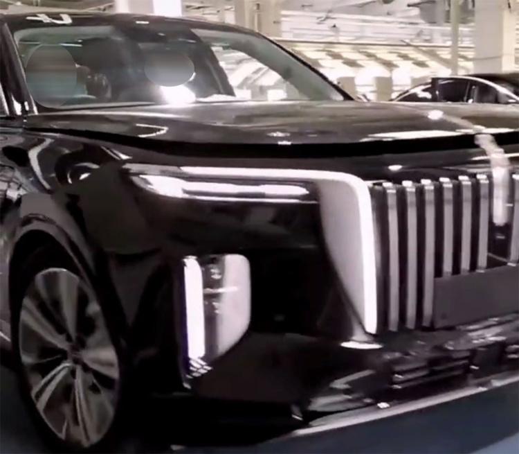 Китайцы собираются выпустить серьезного конкурента Rolls-Royce Cullinan