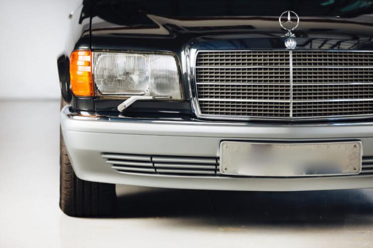 В Сети показали редкий Mercedes-Benz S-Class 1990 года в кузове универсал (ФОТО)