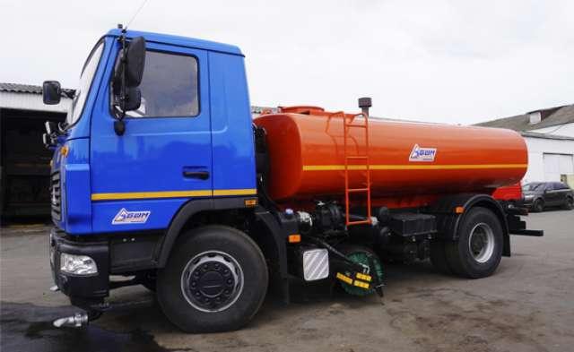 Українські дорожники отримали новий спецавтомобіль