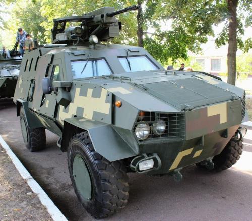 Українські військові отримали нову бойову машину