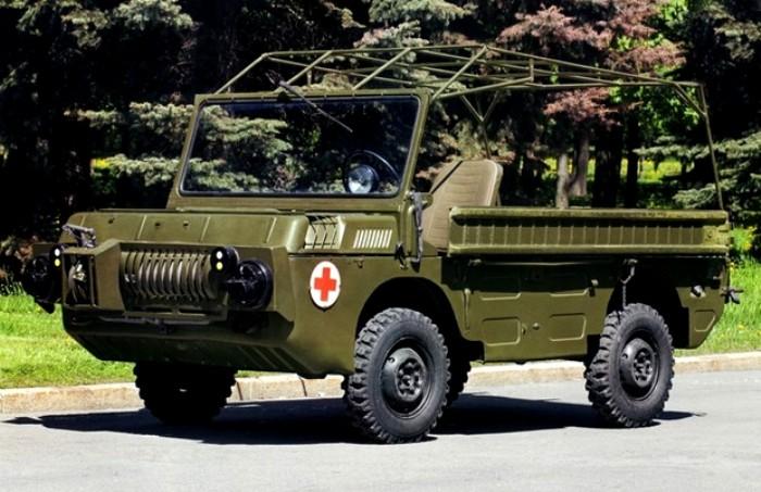 В мережі показали унікальний український автомобіль, на якому потрібно було їздити лежачи