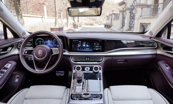 Китайський аналог Rolls-Royce демонструє рекордні продажі