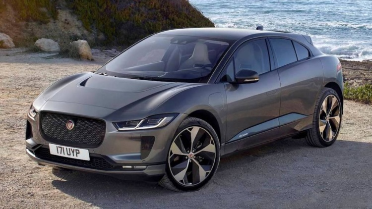 Визначено ТОП-10 найкращих люксових автомобілів в Україні