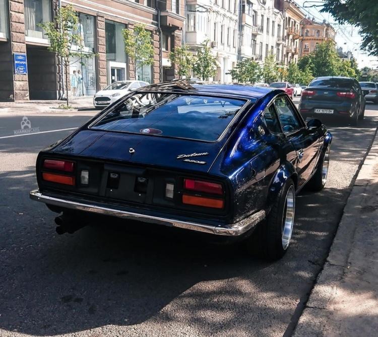 У Харкові помітили культовий японський спортивний автомобіль 70-х років (ФОТО)